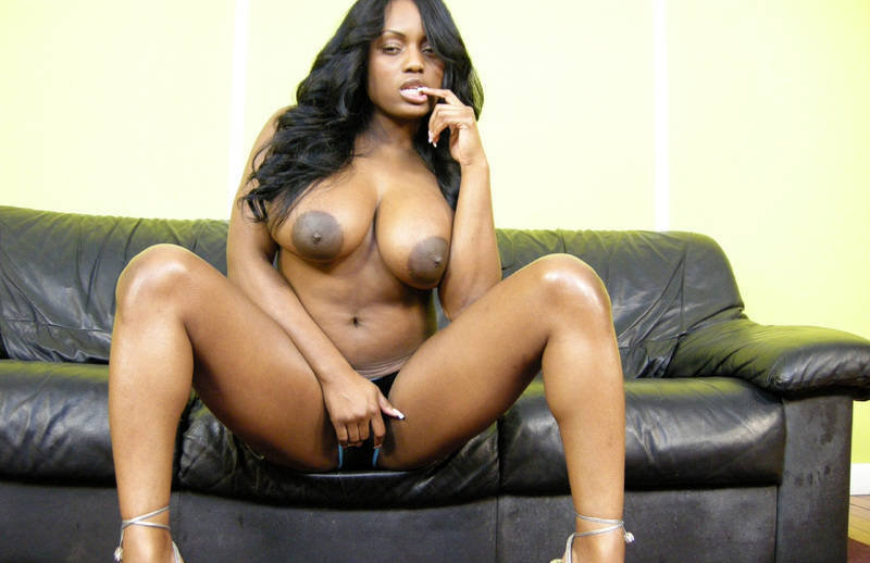 jada-fire-naked