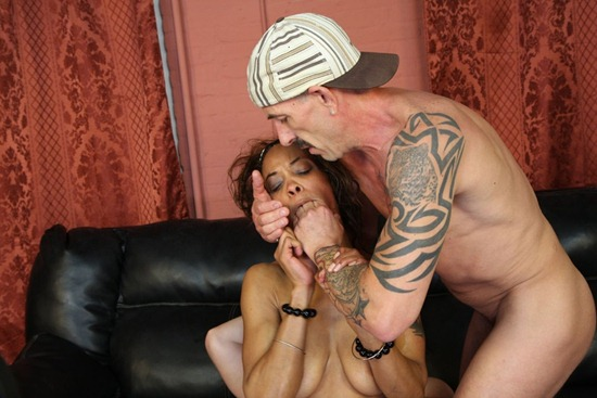 ghetto_gaggers_destiny_day_gets_her_mouth_fist_fucked